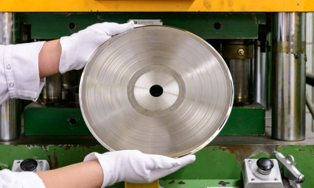 Great Wired article with fantastic photography about one of the world's largest vinyl pressing plants.