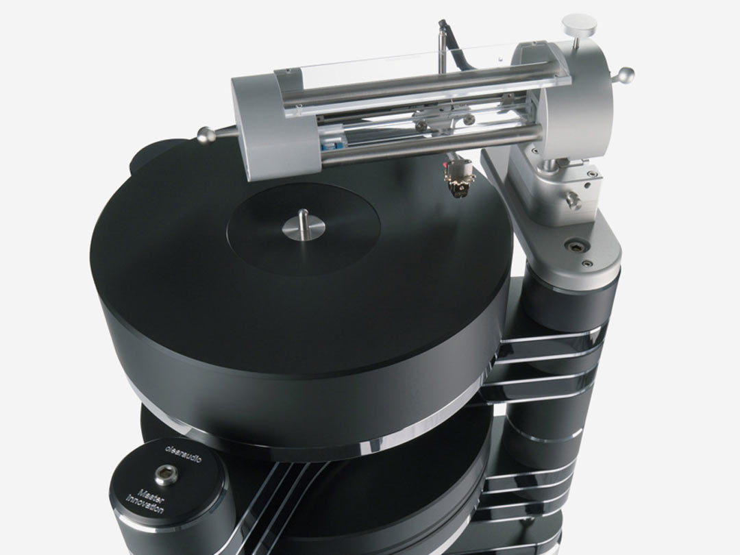 Clearaudio Master Innovation turntable black linear