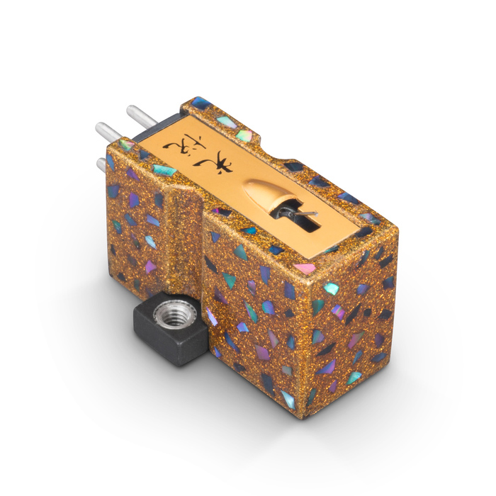 Koetsu Urushi Tsugaru phono cartridge