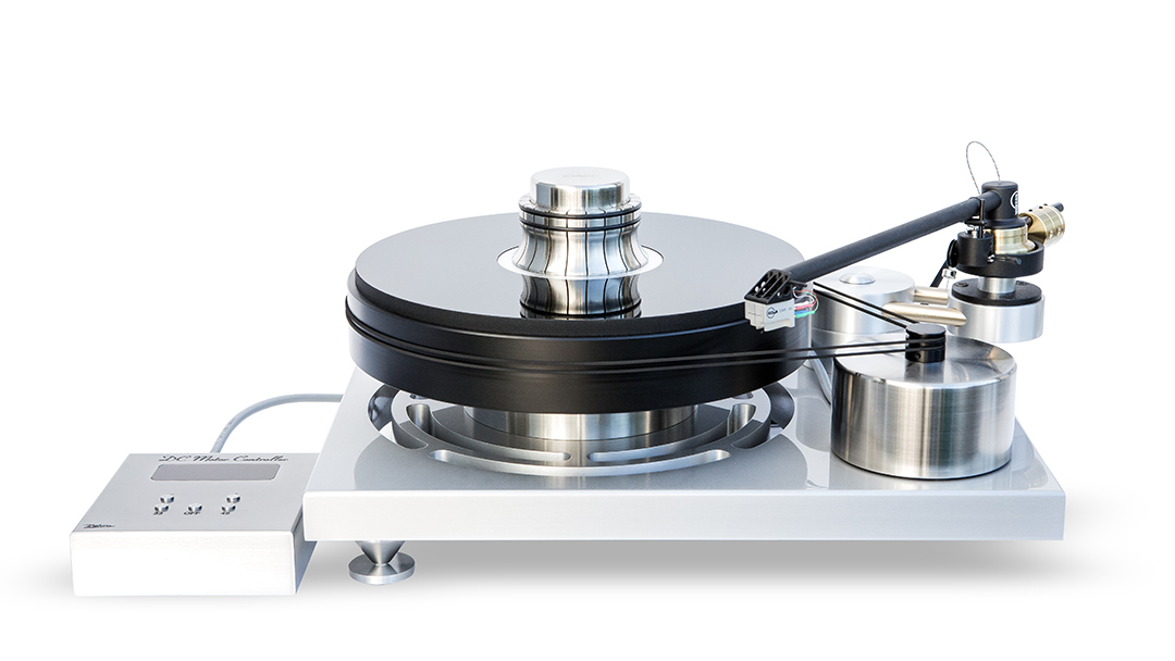 USA Distributor J. Sikora Initial turntable