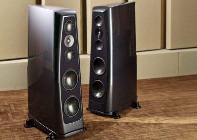 rockport lyra loudspeakers angle