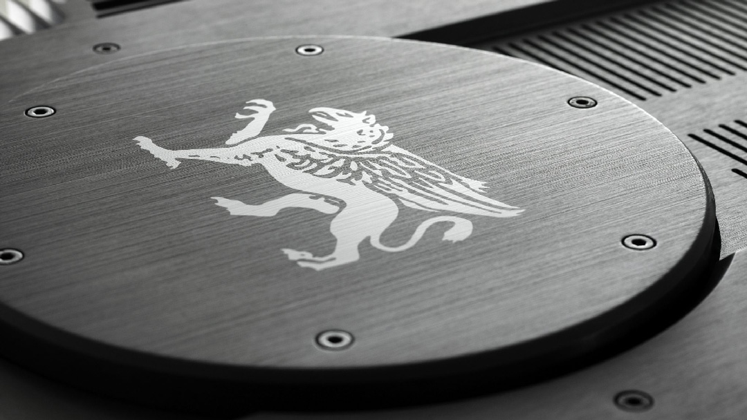 the gryphon antileon evo stereo amplifier top detail