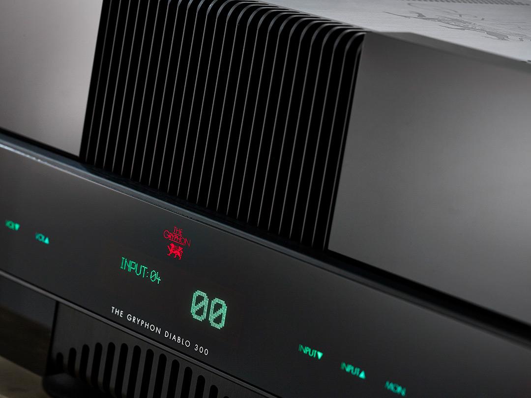 washington dc virginia maryland east coast Gryphon Audio Diablo 300 integrated amplifier dealer front detail